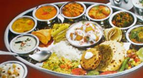gujrati-thali-in-udaipur